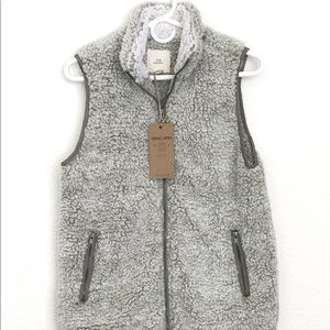 Thread and Supply Sherpa Vest